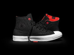 FH16_AS_ChuckII_ShieldCanvas_Black_LateralPair_153532